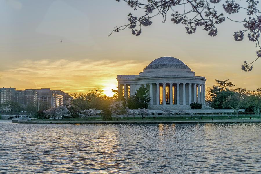 Jefferson Memorial Sunrise Photograph by Arthur English