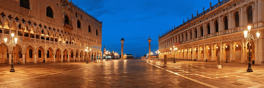 Piazza San Marco night by Songquan Deng