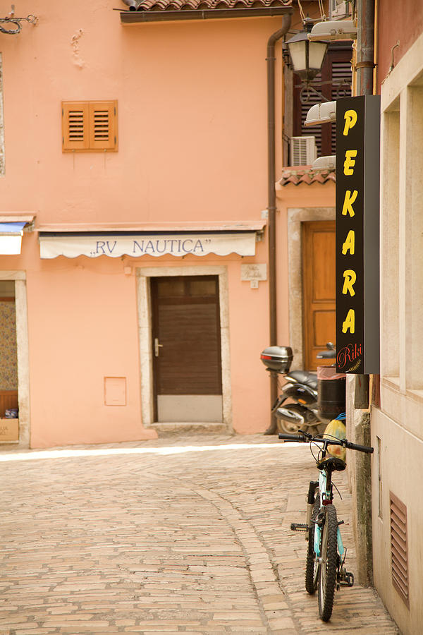 Croatia Photograph - Rovinj by Ian Middleton