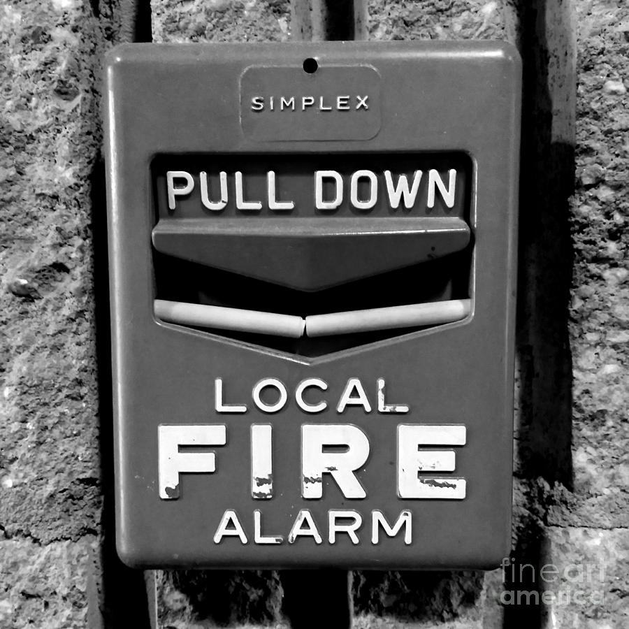 simplex fire alarm pull station photograph by ben schumin