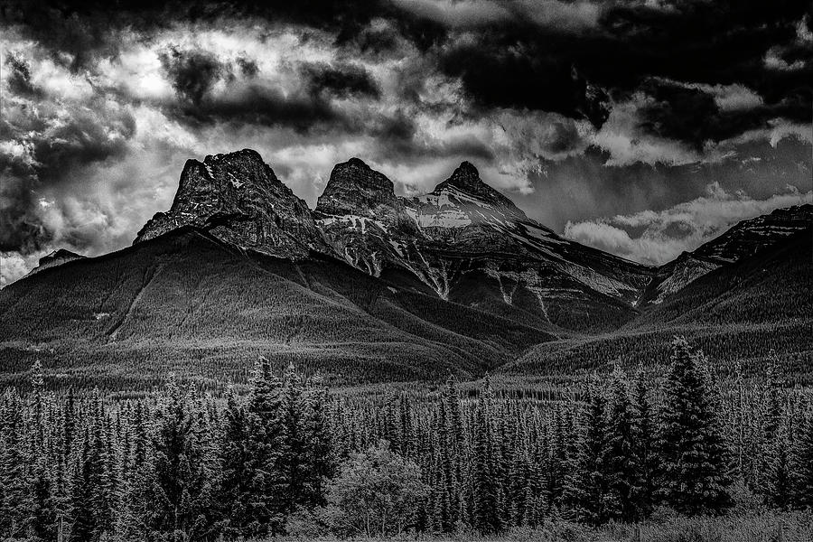 3 sisters by Jerald Blackstock