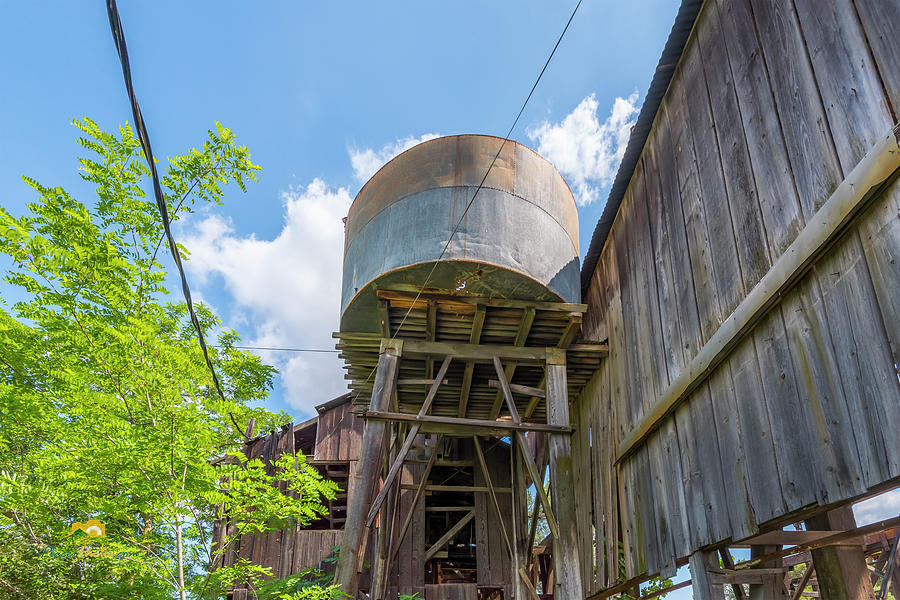 Buildings Photograph - The Capital Quarry Cutting Shed by Jim Thompson