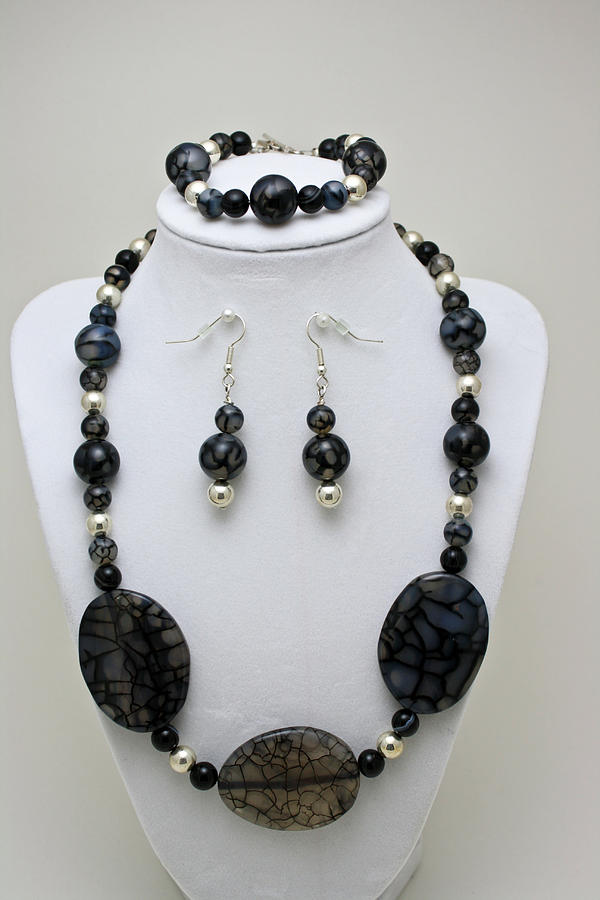 Handmade Jewelry - 3548 Cracked Agate Necklace Bracelet And Earrings Set by Teresa Mucha