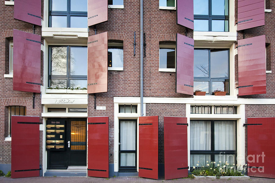 Age Photograph - Amsterdam by Andre Goncalves