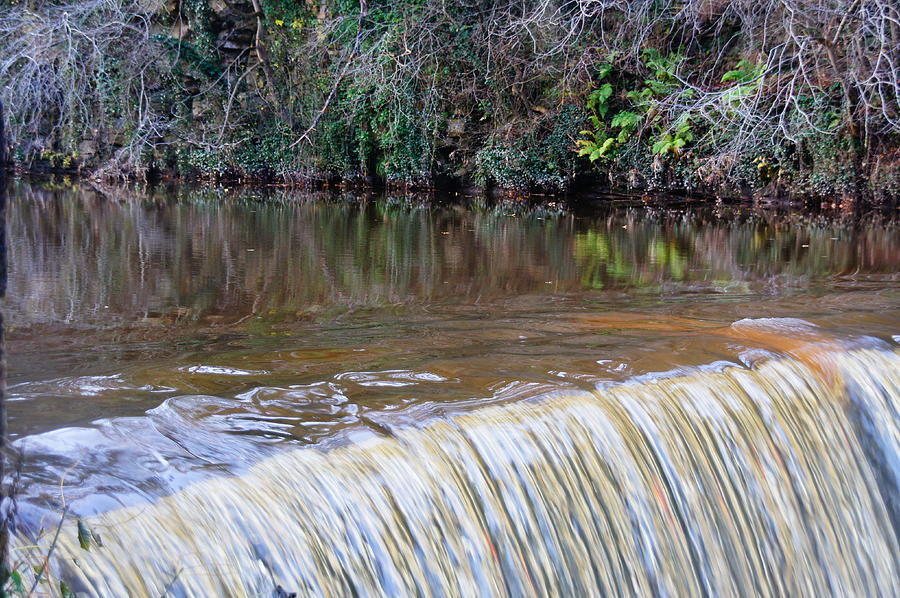 Edinburgh Photograph - Cramond Waterfall by Nik Watt