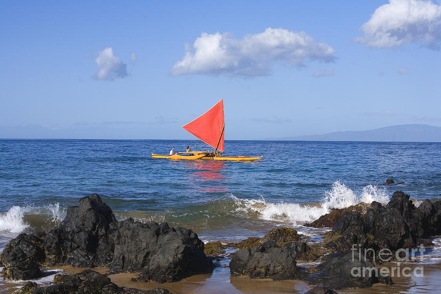 Aku Photograph - Maui Sailing Canoe by Ron Dahlquist - Printscapes