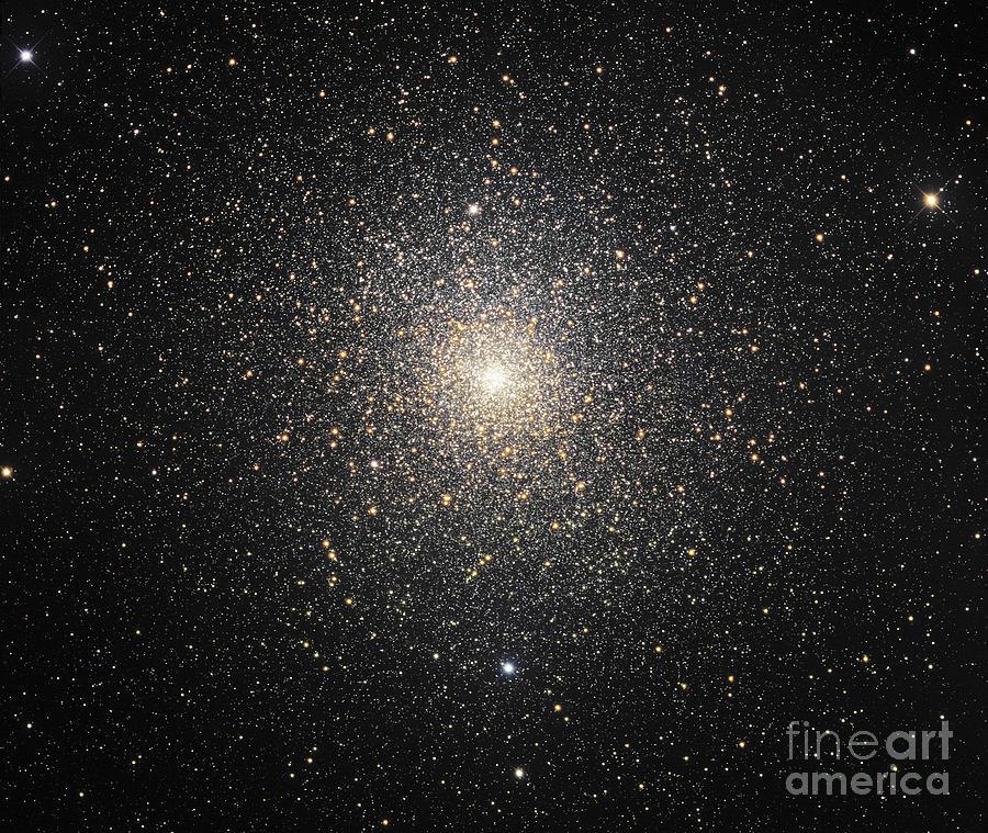 47 Tucanae Photograph - 47 Tucanae Ngc104, Globular Cluster by Robert Gendler