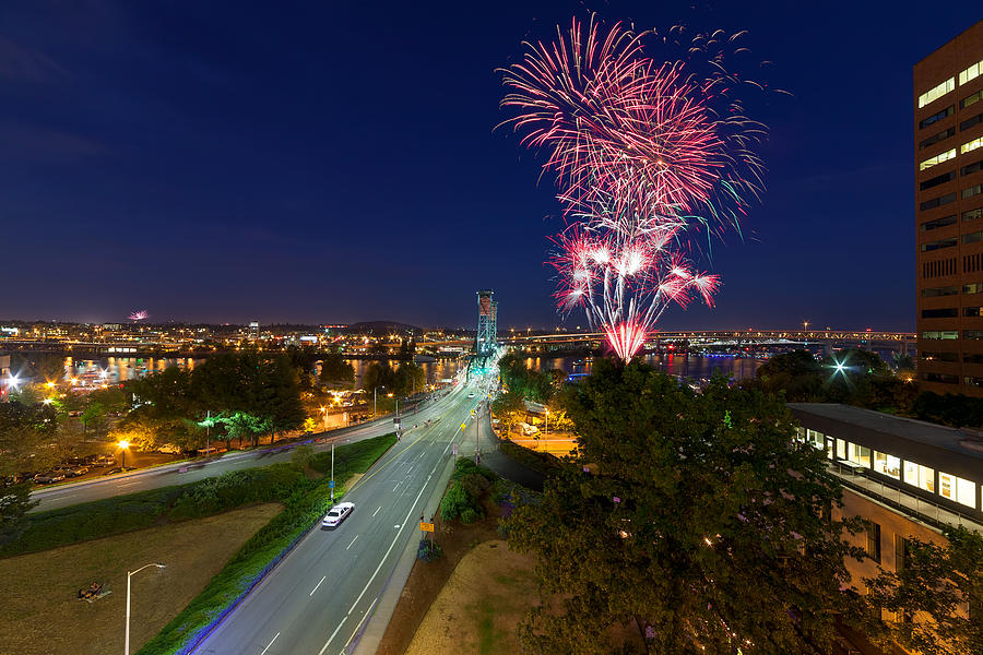4th Of July Photograph - 4th Of July Fireworks Portland Oregon by Jit Lim