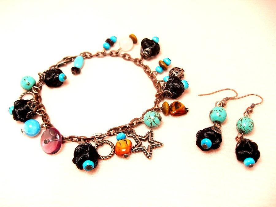 Handmade Jewelry - Bracelet And Earrings by Gorean Olga