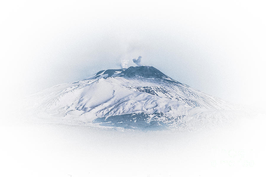 Etna by Bruno Spagnolo