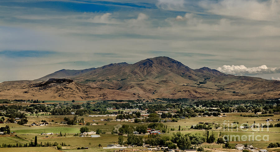 Gem County Photograph - The Butte by Robert Bales
