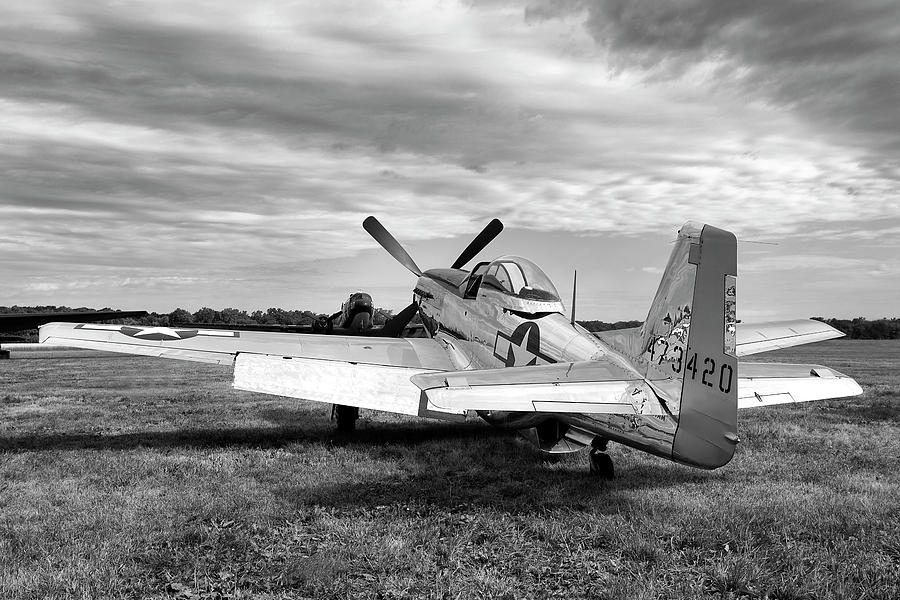 Aviation Photograph - 51 Shades Of Grey by Peter Chilelli