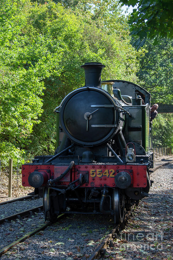 Steam Photograph - 5542 On The The Points by Steev Stamford