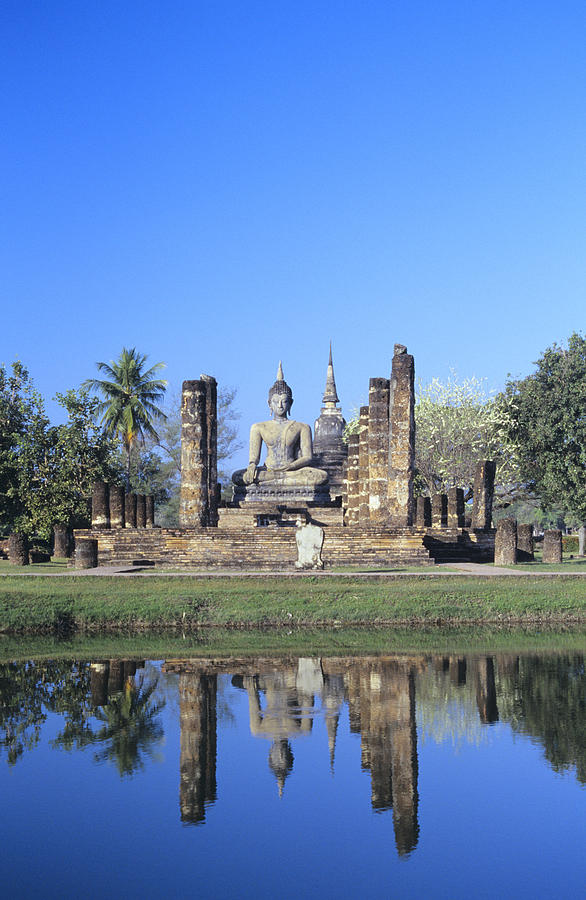 Ancient Photograph - Wat Mahathat by Gloria & Richard Maschmeyer - Printscapes