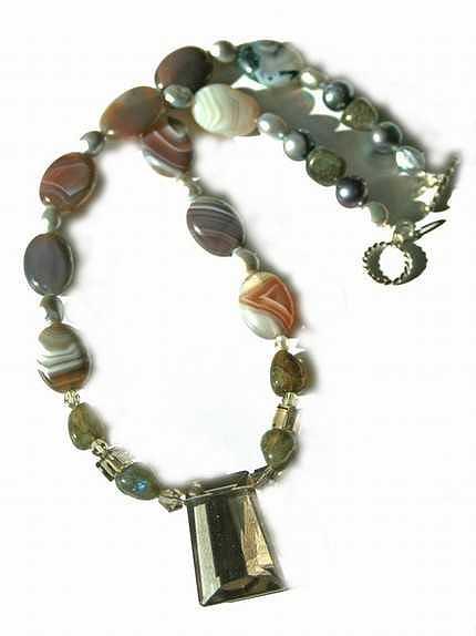 Brown Jewelry - Princess Botswana by Laura Knight