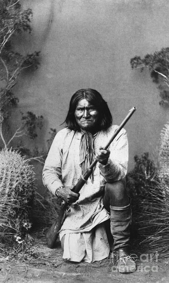 1887 Photograph - Geronimo (1829-1909) by Granger