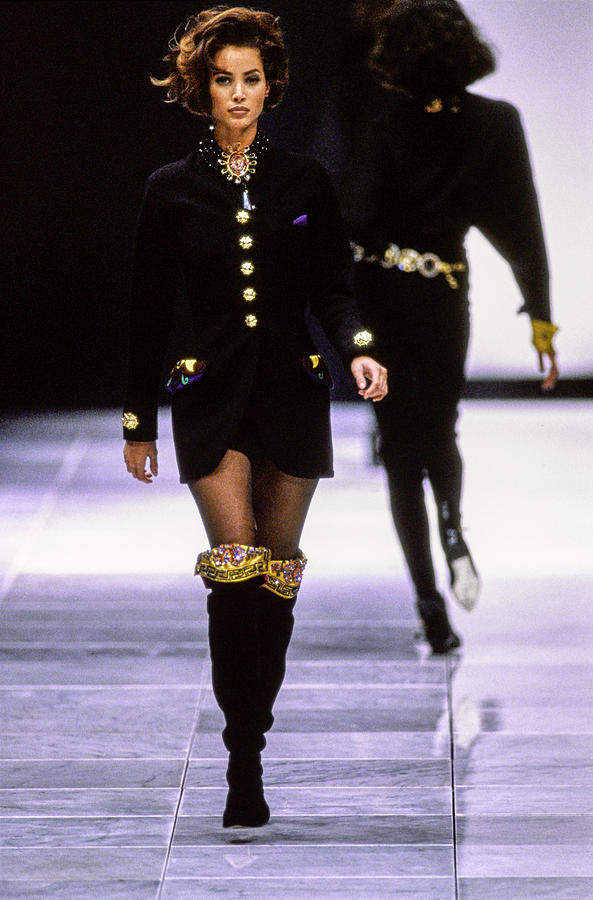 Versace Fall 1991 Rtw Show 11 Photograph by Guy Marineau