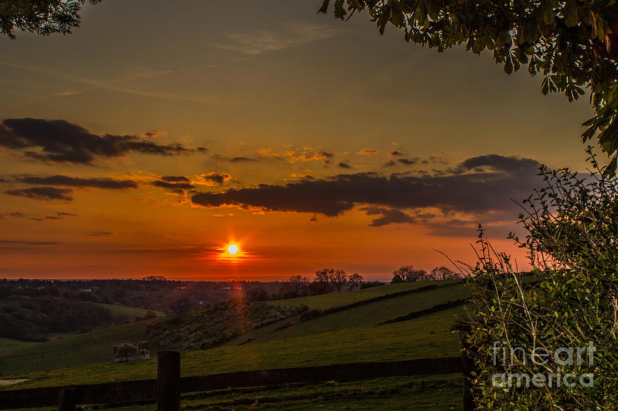 A beautiful sunset over the Surrey hills by Fabrizio Malisan