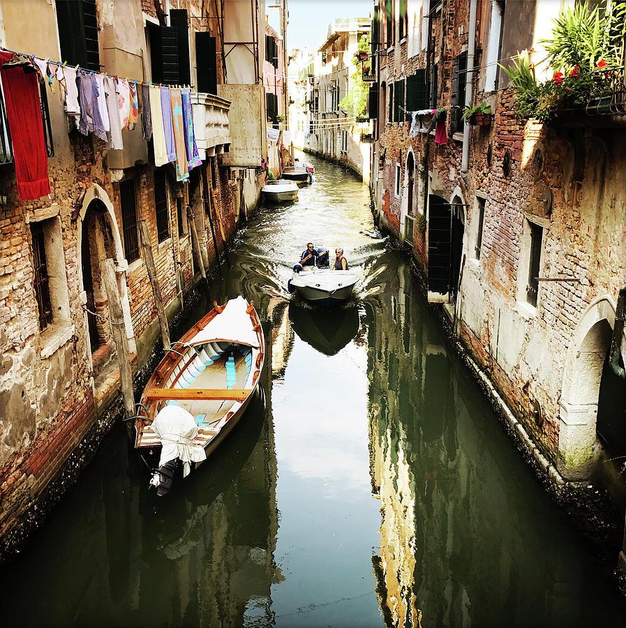 A corner in Venice by Alessandro Della Pietra