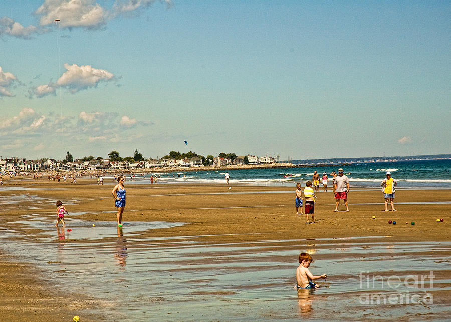 Beach Greeting Card - A Day At Wells Beach by Edward Sobuta
