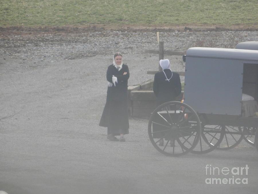 Amish Photograph - A Friendly Goodbye by Christine Clark