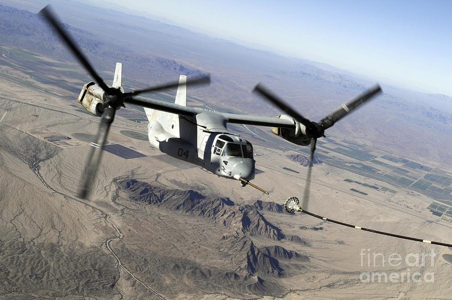 A Marine Corps Mv-22 Osprey Prepares Photograph