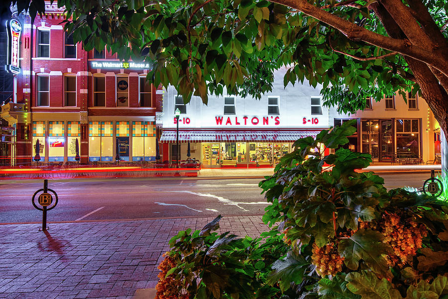 A Night On The Bentonville Arkansas Square Photograph By