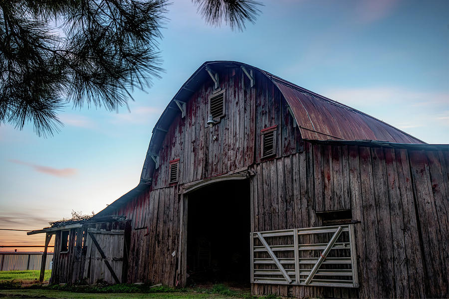 America Photograph - A Relic Of The Past - Old Barn Photography by Gregory Ballos