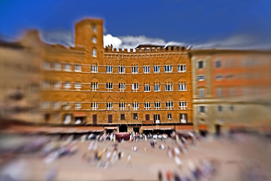 Piazza Del Campo Photograph - A Surreal Siena by Marilyn Hunt