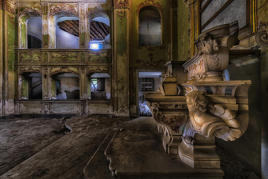 Cappella Photograph - Abandoned Chapel Of An Important Liguria Family II - Cappella Abbandonata Di Famiglia Ligure 2 by Enrico Pelos