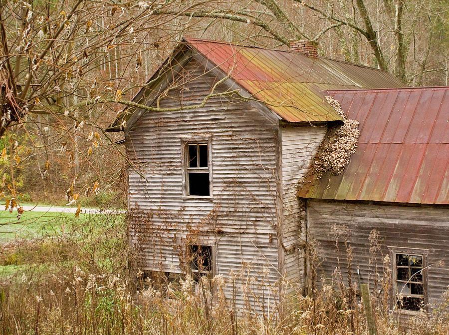 Abandoned Photograph - Abandoned Farmhouse In Kentucky by Douglas Barnett
