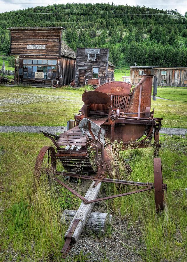 Abandoned Wagon Photograph
