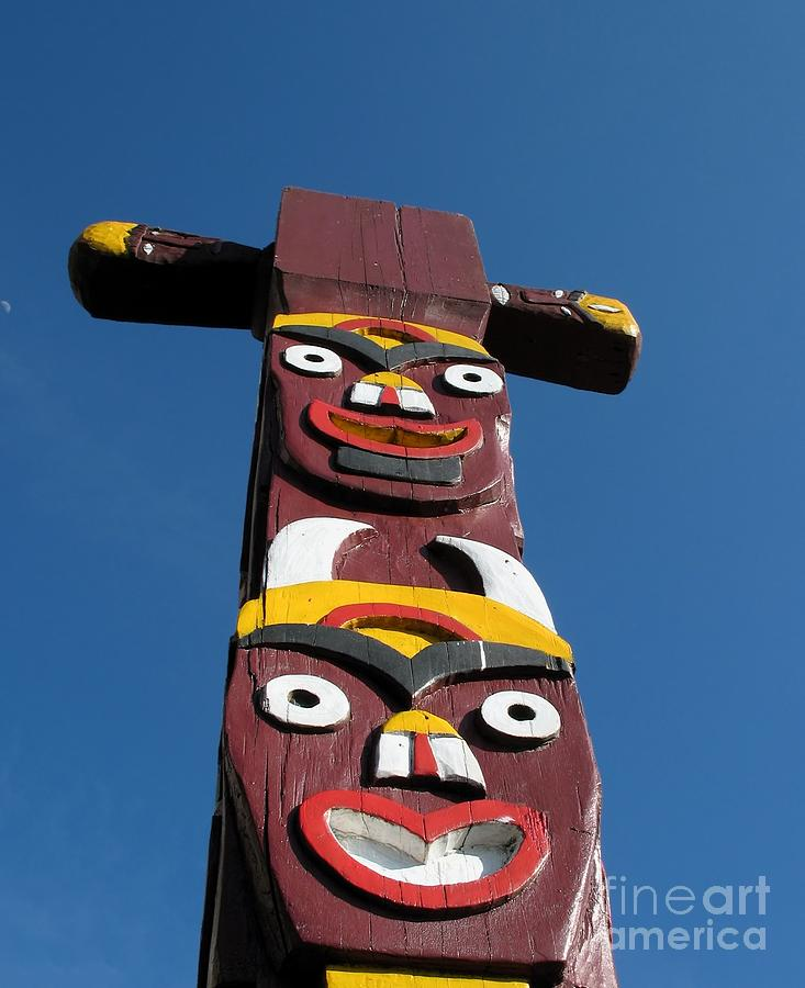 how to draw aboriginal totem pole