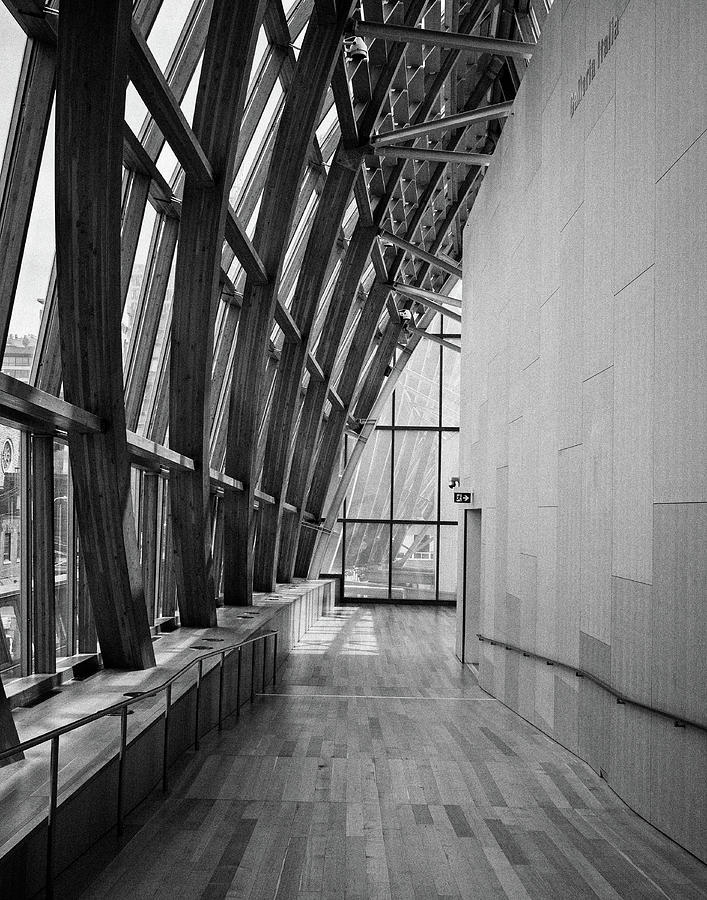Abstract Architecture - AGO Toronto by Shankar Adiseshan