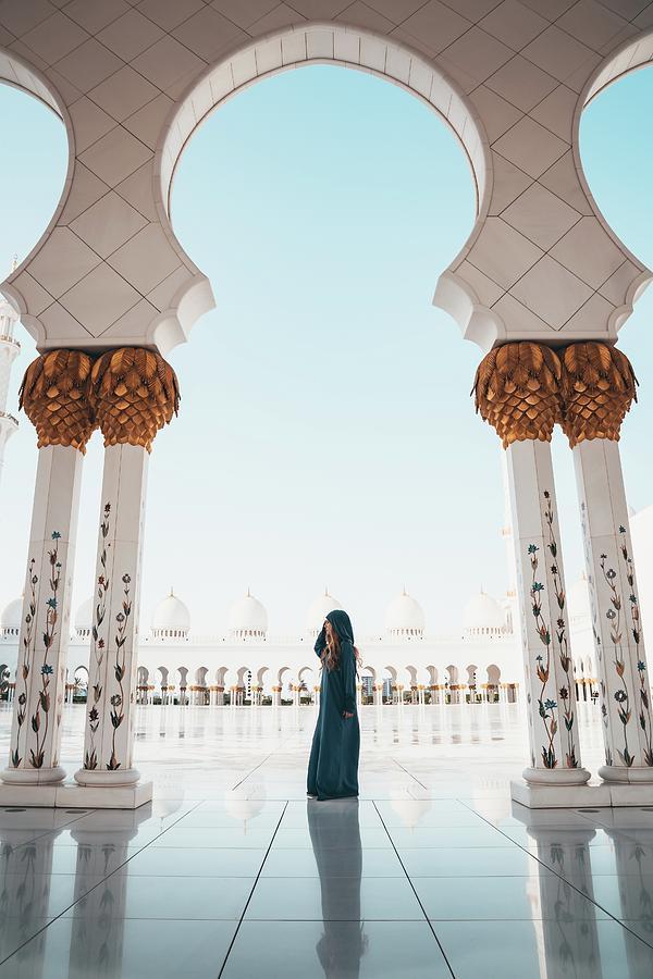 Abu Dhabi Photograph - Abu Dhabi Mosque by Oliver Sjostrom
