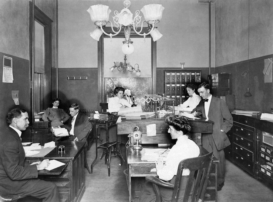 1900s Photograph - Active Office Interior by Underwood Archives