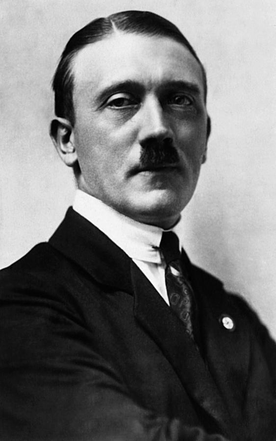 1920s Portraits Photograph - Adolf Hitler, 1924 by Everett