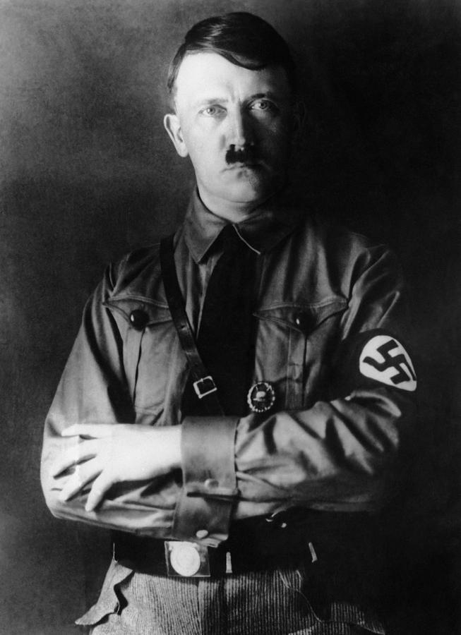 1930s Portraits Photograph - Adolf Hitler, 1933 by Everett