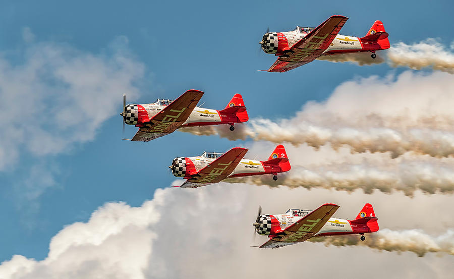 AEROSHELL AEROBATIC TEAM by Jorge Perez - BlueBeardImagery
