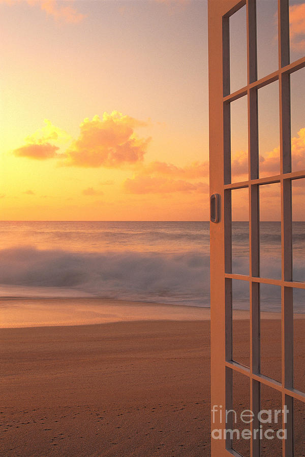 Abstract Photograph - Afternoon Beach Scene by Dana Edmunds - Printscapes