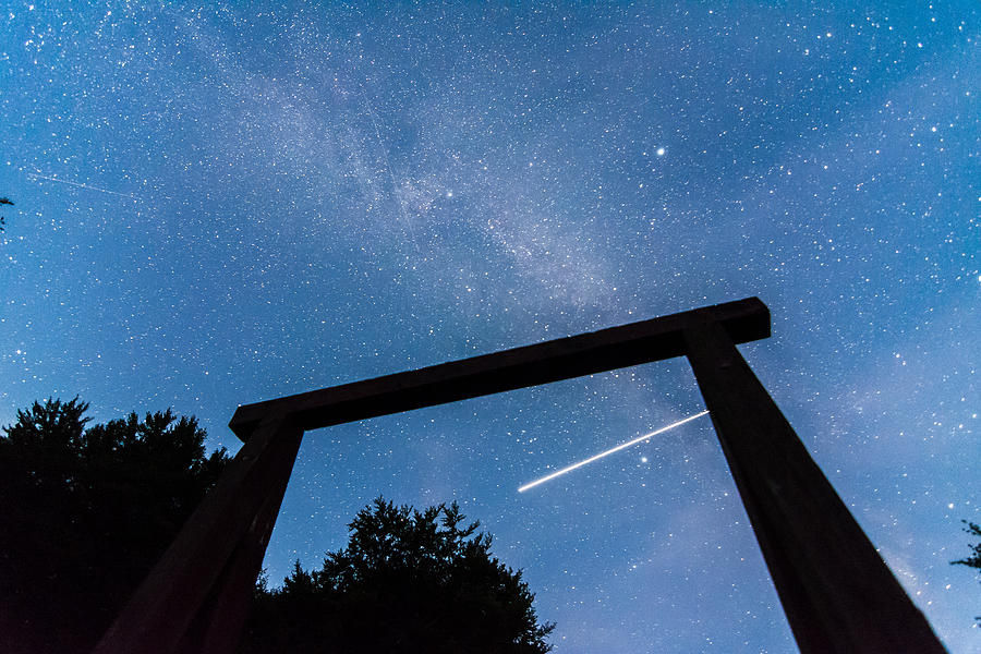 Air Shooting Star Photograph