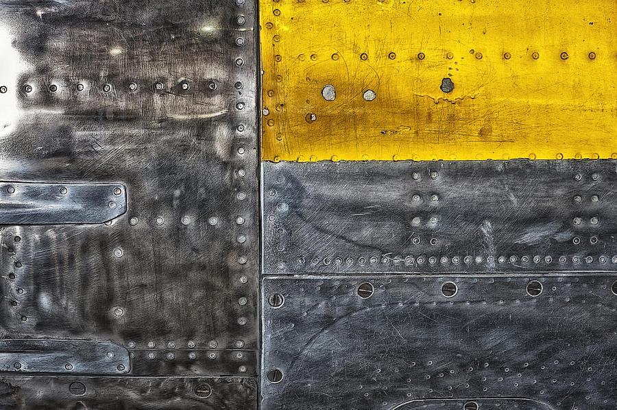 Abstract Photograph - Aircraft.4042a by Gary LaComa