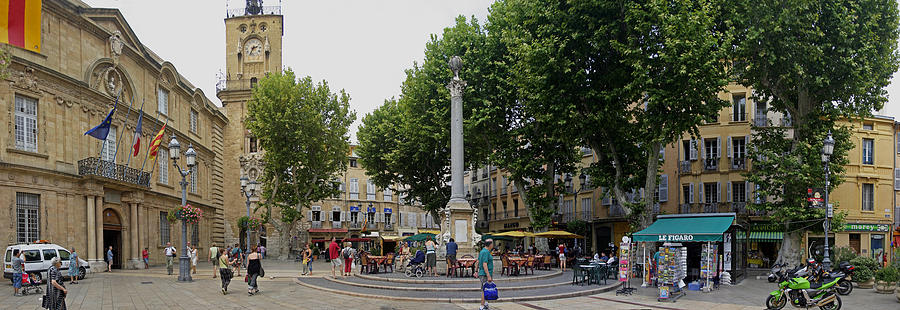 Aix Photograph - Aix En Provence by Gary Lobdell