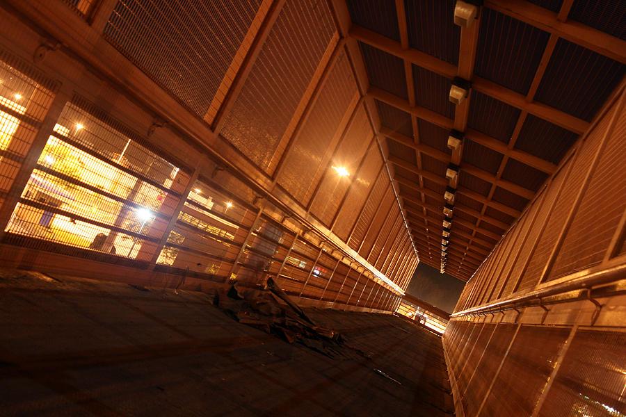 Tunnel Photograph - Al Final by Agustin Fas