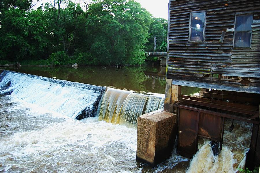 Dam Photograph - Alabama Grist Mill Dam by Beverly Hammond