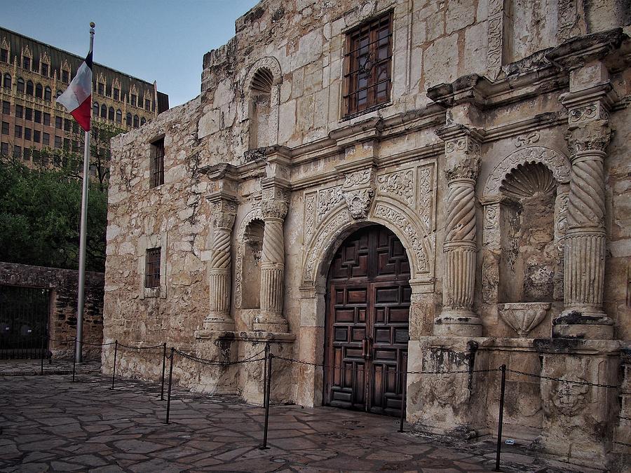 Alamo Entrance And Flag Photograph
