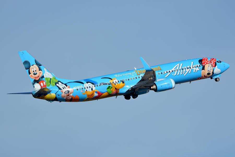 Airplane Photograph - Alaska Boeing 737-990 N318as Disneyland Phoenix Sky Harbor January 19 2016 by Brian Lockett
