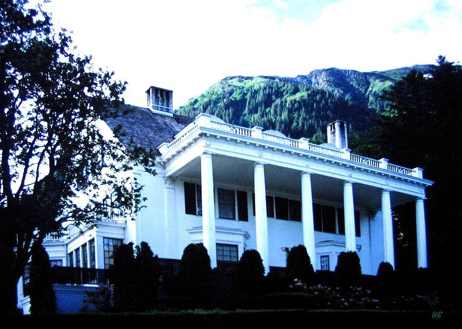 Alaska Photograph - Alaska Governors Mansion by Will Borden