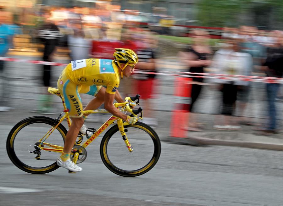 Alberto Contador speed by Odd Jeppesen