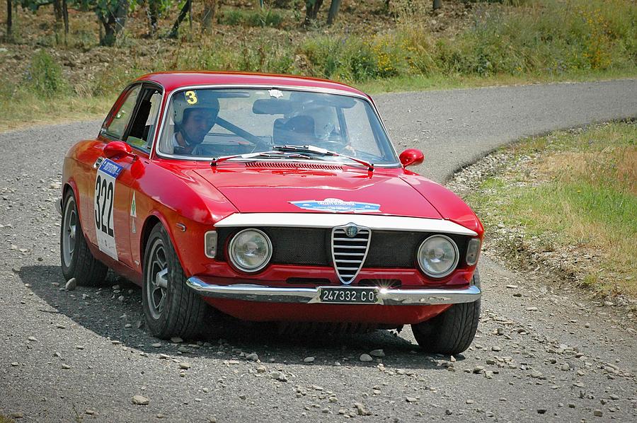 Vintage Alfa Romeo >> Alfa Romeo Giulia 105